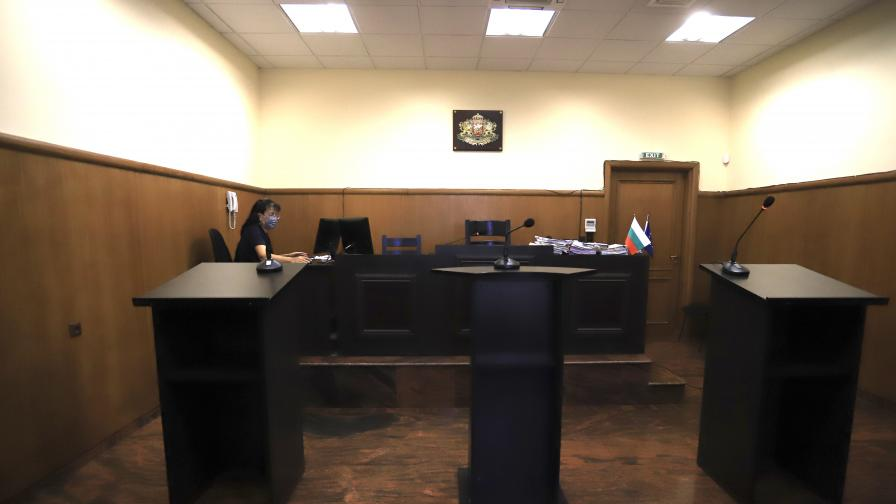 В Специализирания съд се гледа делото за атентата на летище Сарафово