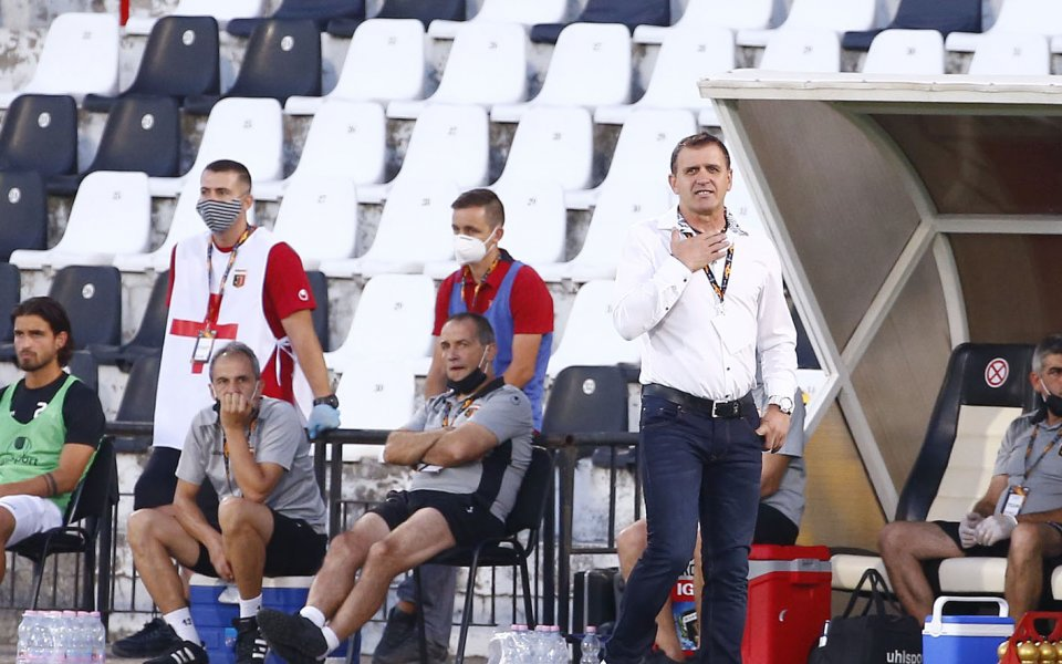 Чуждестранен футболист се очаква да дойде на проби в Локомотив