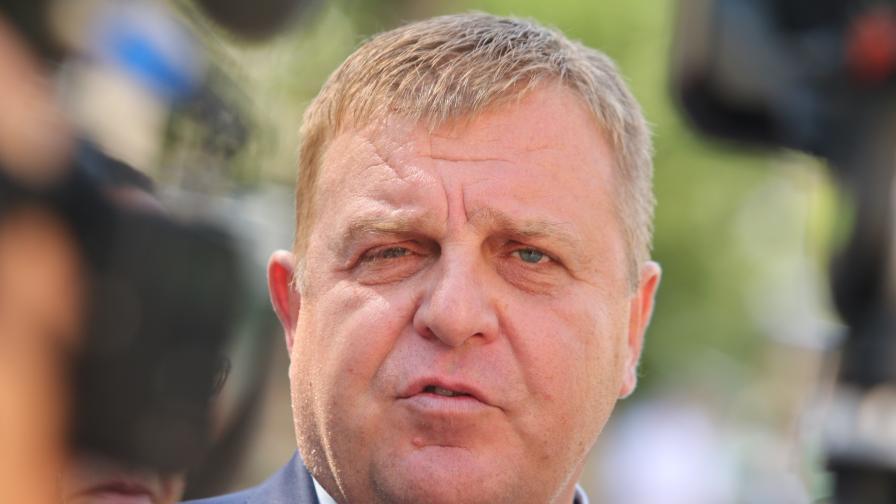 Каракачанов: Не можем да правим компромис с българската история