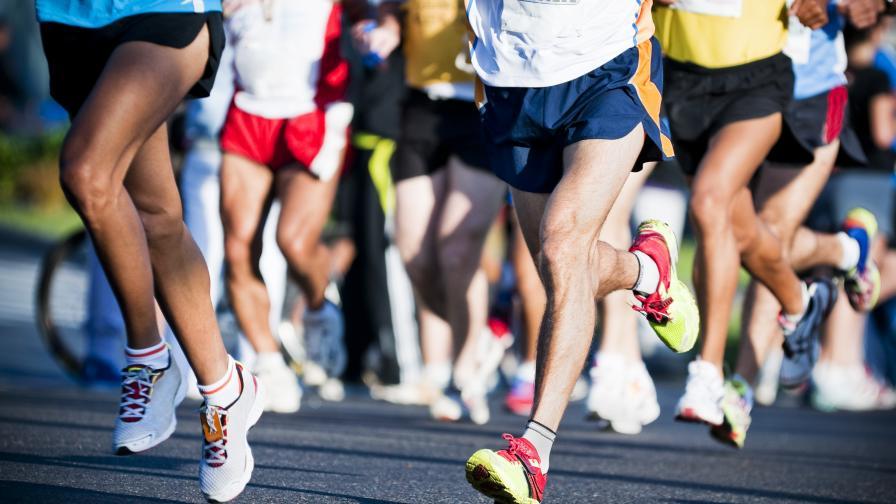 Разпитаха мъжа, блъснал атлетка на маратона в София