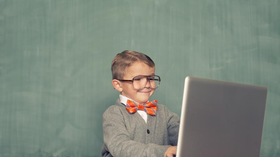 Как 11-годишно момче е прието в колеж по аерокосмическо инженерство
