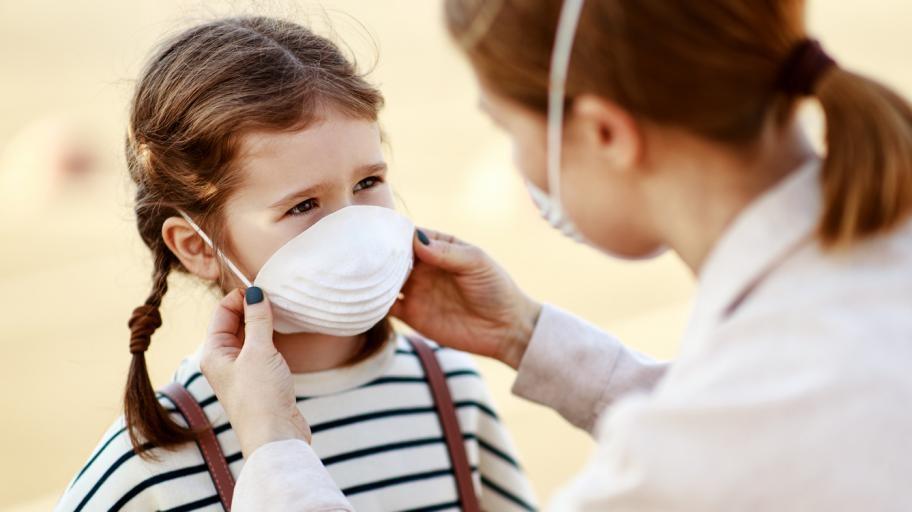 Как да предпазите семейството си от заразяване с COVID-19