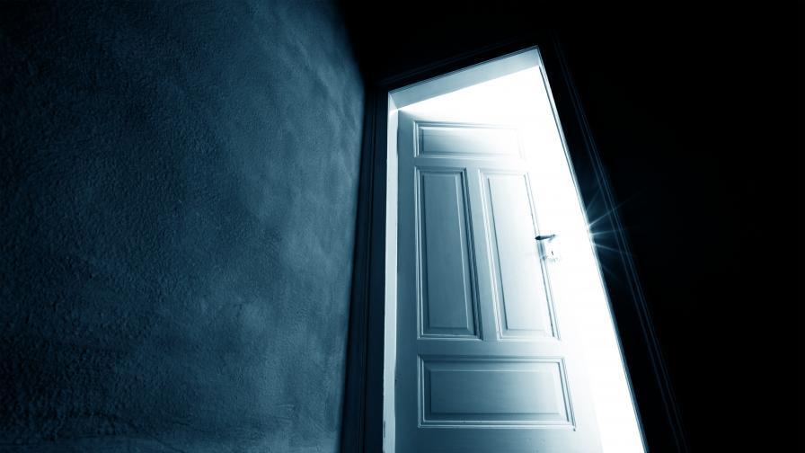 """Мъж откри в дома си тайна """"зловеща"""" стая"""