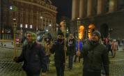 Протест с факелно шествие блокира центъра на София
