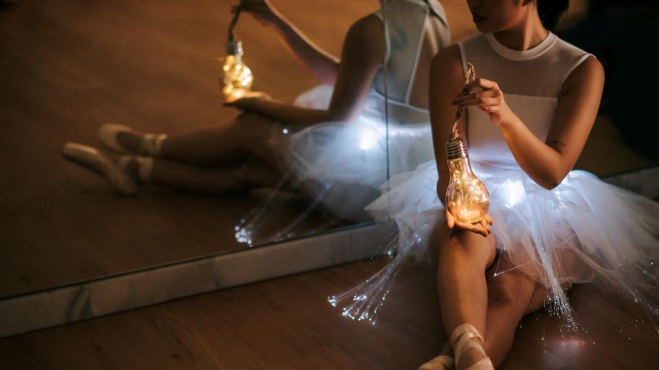 жена балерина магия магично светлина лампа мистично