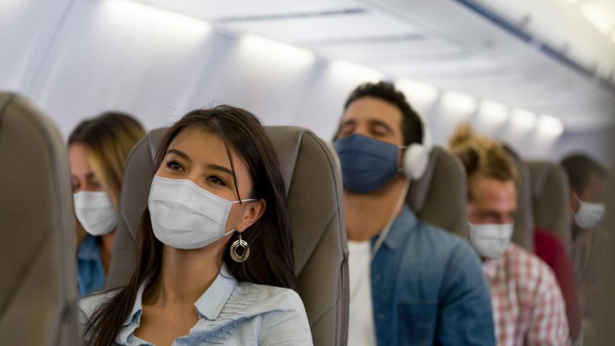 Изследване: По-скоро ще се заразите с коронавирус в магазин, отколкото в самолет