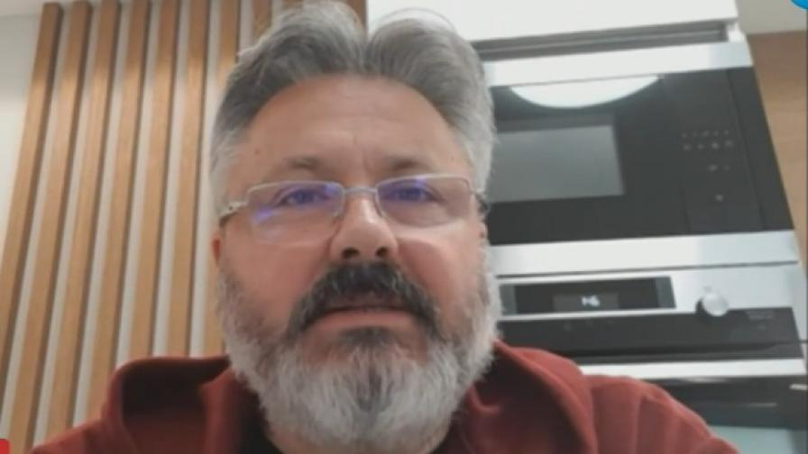 Защо не успяваме да спрем коронавируса, обясни д-р Хичев