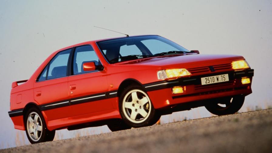 <p>Peugeot 405 T16, предшественикът на най-мощния сериен &bdquo;лъв&rdquo;</p>