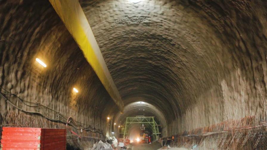 "Няма срутване в тунела ""Железница"""