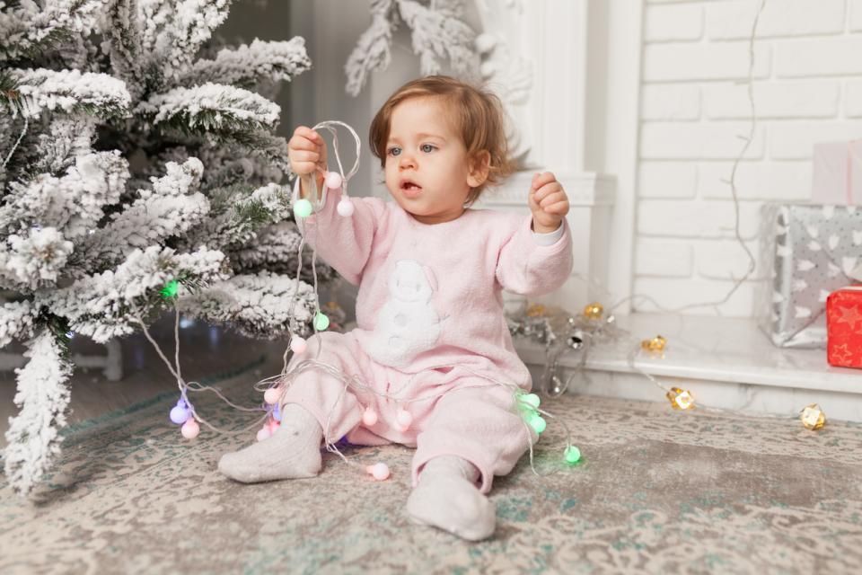бебе зима Коледа сняг