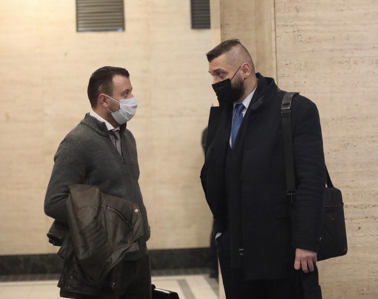 <p>В Софийския градски съда започна делото за заличаването на партия &quot;Възраждане&quot;. Процесът е искане на прокуратурата, която през лятото оповести, че открила нередности в учредяването на партията преди 6 години.</p>