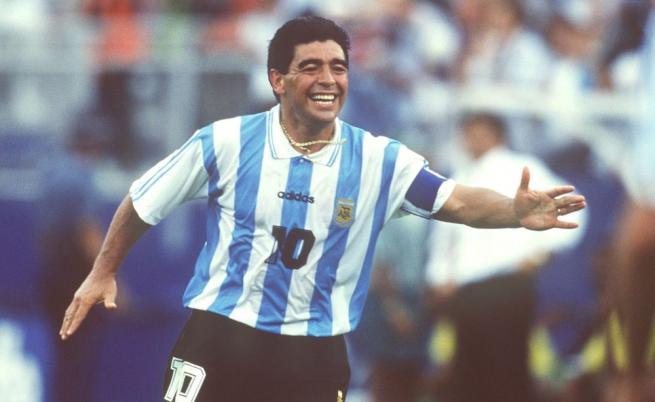 Диего Марадона не жалеше сърцето си, изпълнено с огромна любов към футбола и към топката