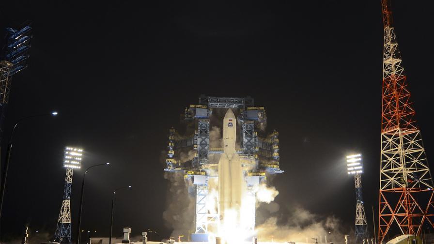 <p>Русия тества ново поколение ракета. &quot;Тя лети, дявол да го вземе!&quot;</p>