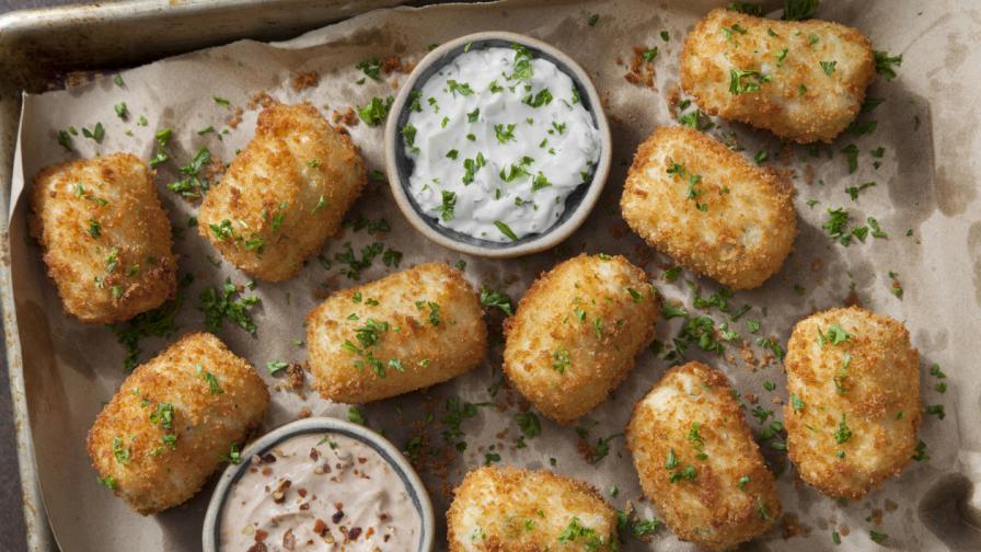Вкусна идея: Картофени кюфтета, панирани в тортила чипс