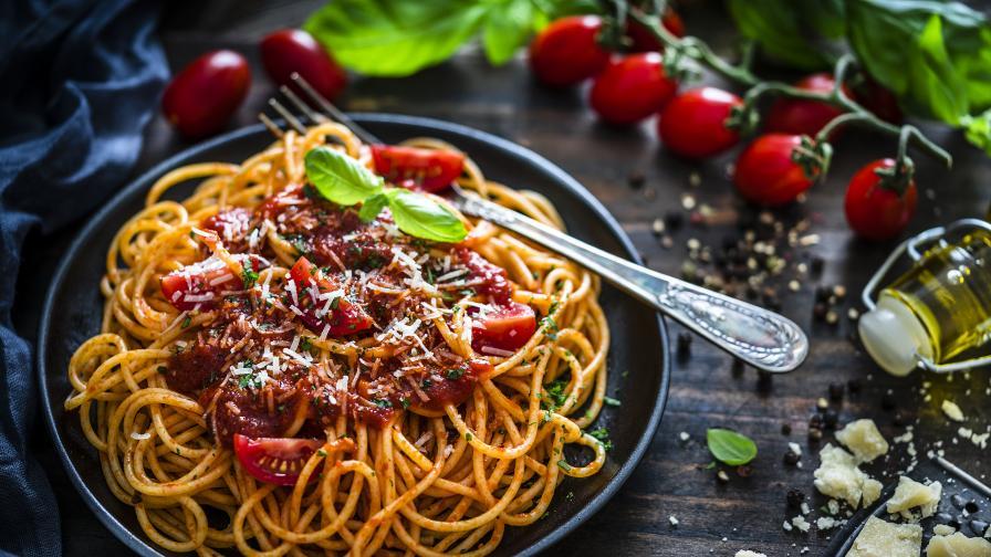Лесна рецепта за паста от нахут с болонезе от карфиол и гъби