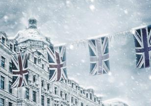 Бяла пелена покри Лондон