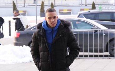 Стаси Иванов позира с новите екипи на Чикаго Файър (видео + снимка)