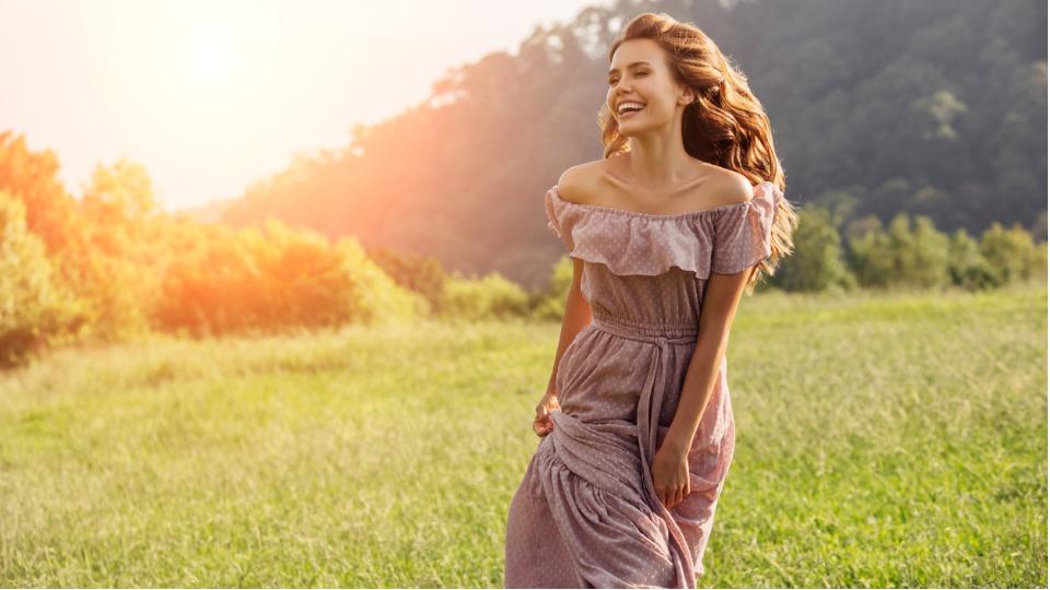 жена пролет красота щастие