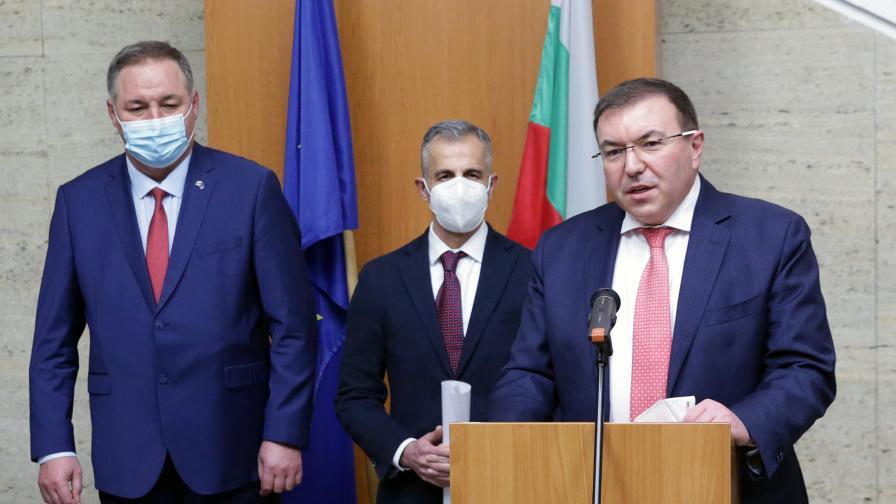 Иранският лекар д-р Абдулах Заргар получи българско гражданство