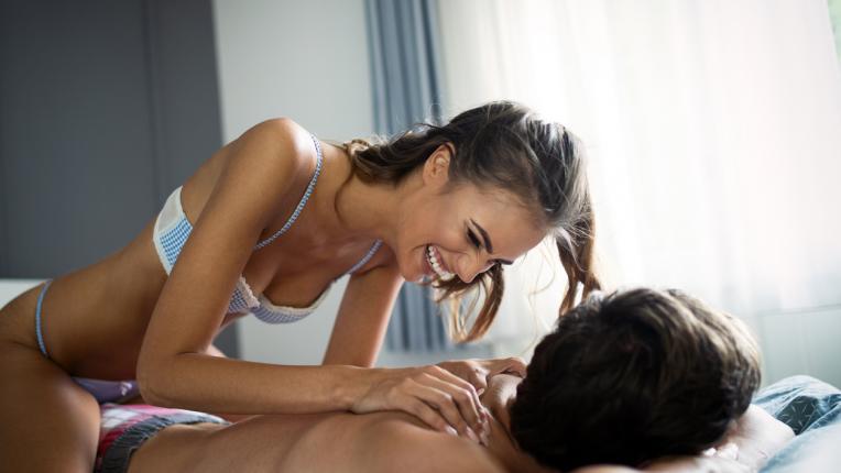 Навиците на двойките с горещ сексуален живот