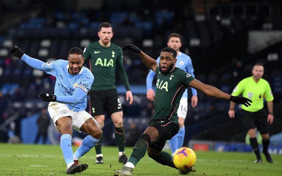 Отборите на Тотнъм и Манчестър Сити играят при резултат 0:0във