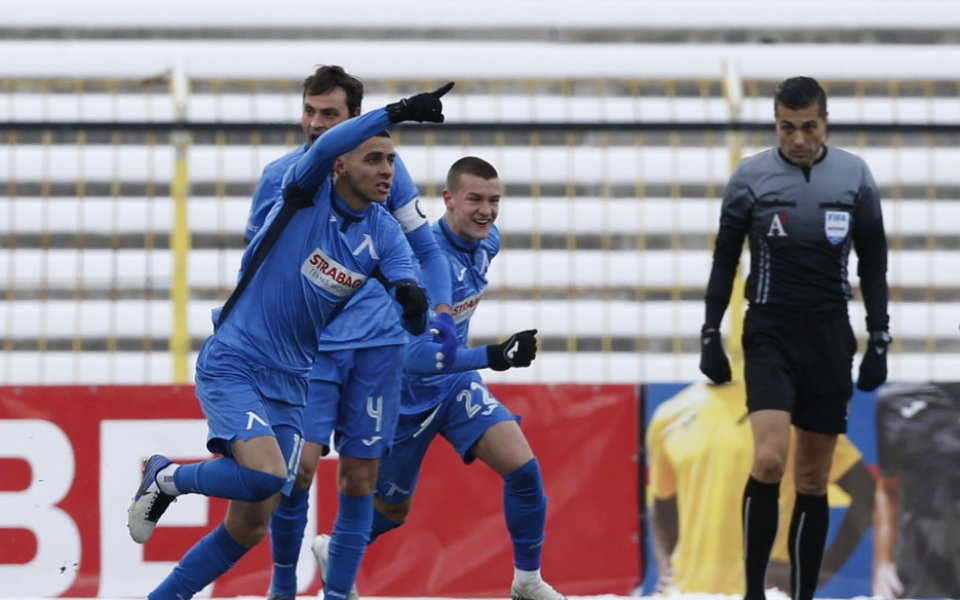 Отборитена Левски и Монтана играят при резултат 1:0 в първи