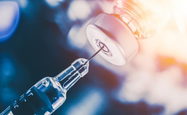Учен от БАН: В историята на медицината няма ваксина, причиняваща стерилитет