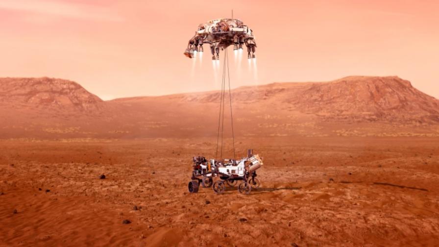 Марсоходът на НАСА кацна на Марс, първи снимки
