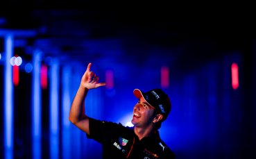 Шефът на Ред Бул: Серхио даде ценна информация за двигателя на Мерцедес