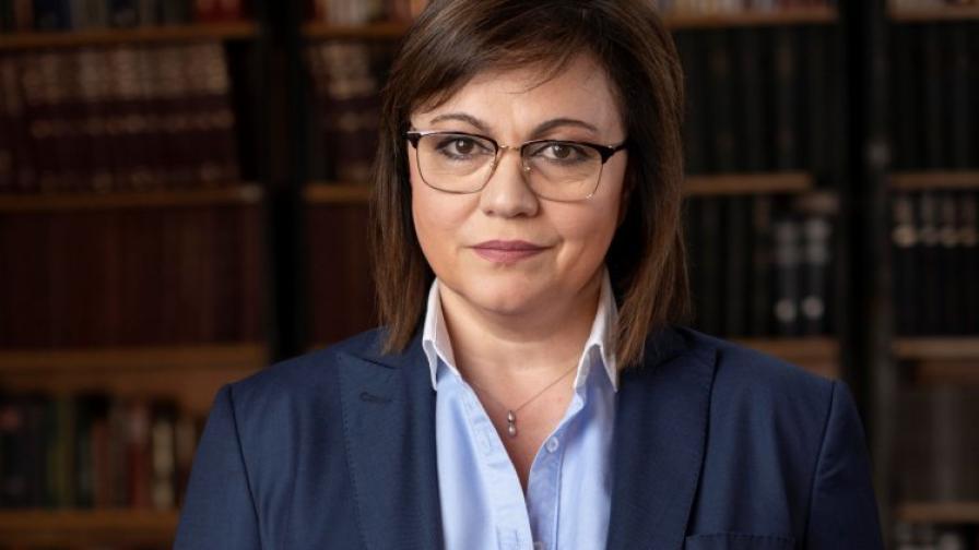 Нинова с 15 сериозни въпроса към правителството за ваксините в България