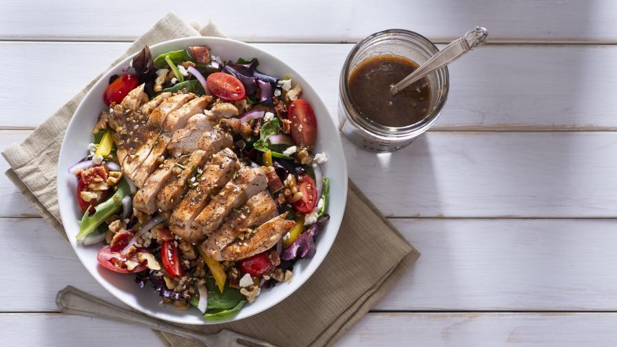 Най-вкусният обяд: Пиле на грил с мексиканска улична салата