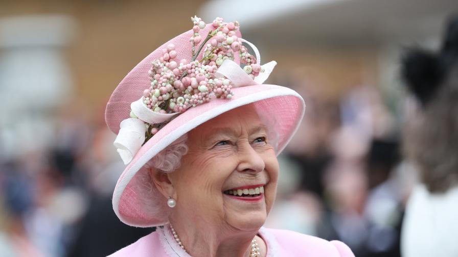 <p>70 години на трона!&nbsp;Готвят грандиозно празненство в чест на Елизабет II</p>
