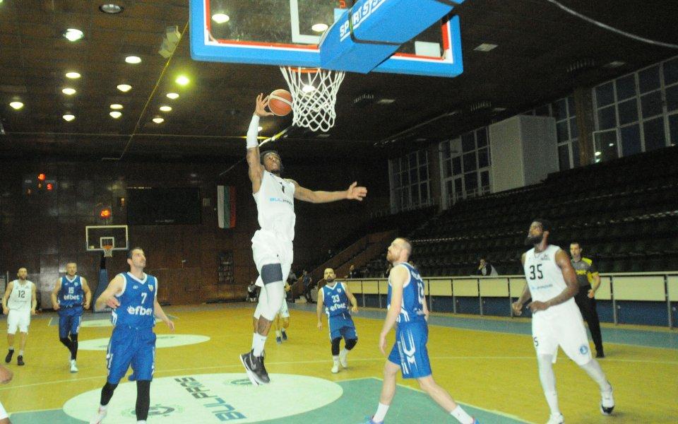 Мъжкият баскетболен отбор на Черноморец загуби от гръцкия ПАОК със