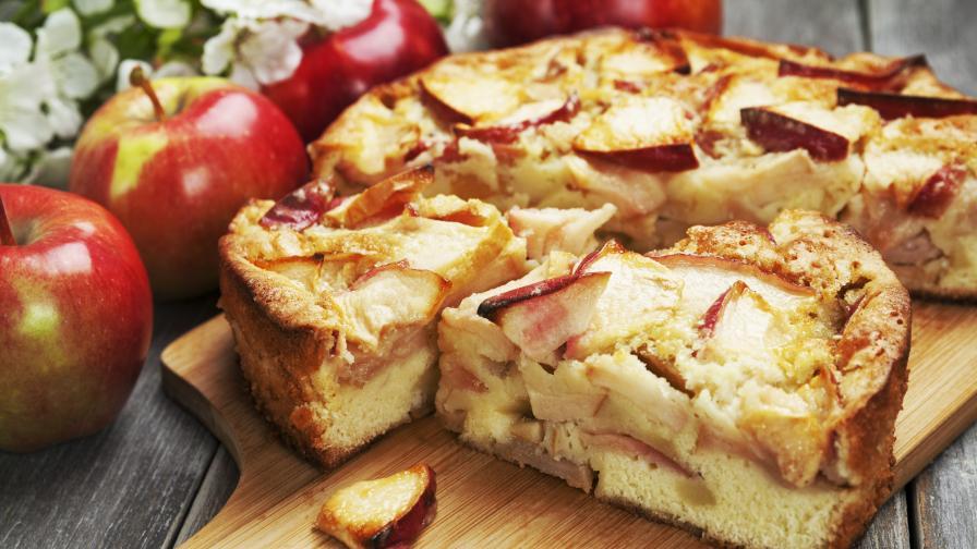 Сладко изкушение: Ябълкова сандвич торта