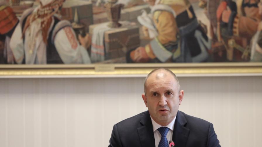 Радев свиква допълнителни консултации за излъчване на председател на ЦИК