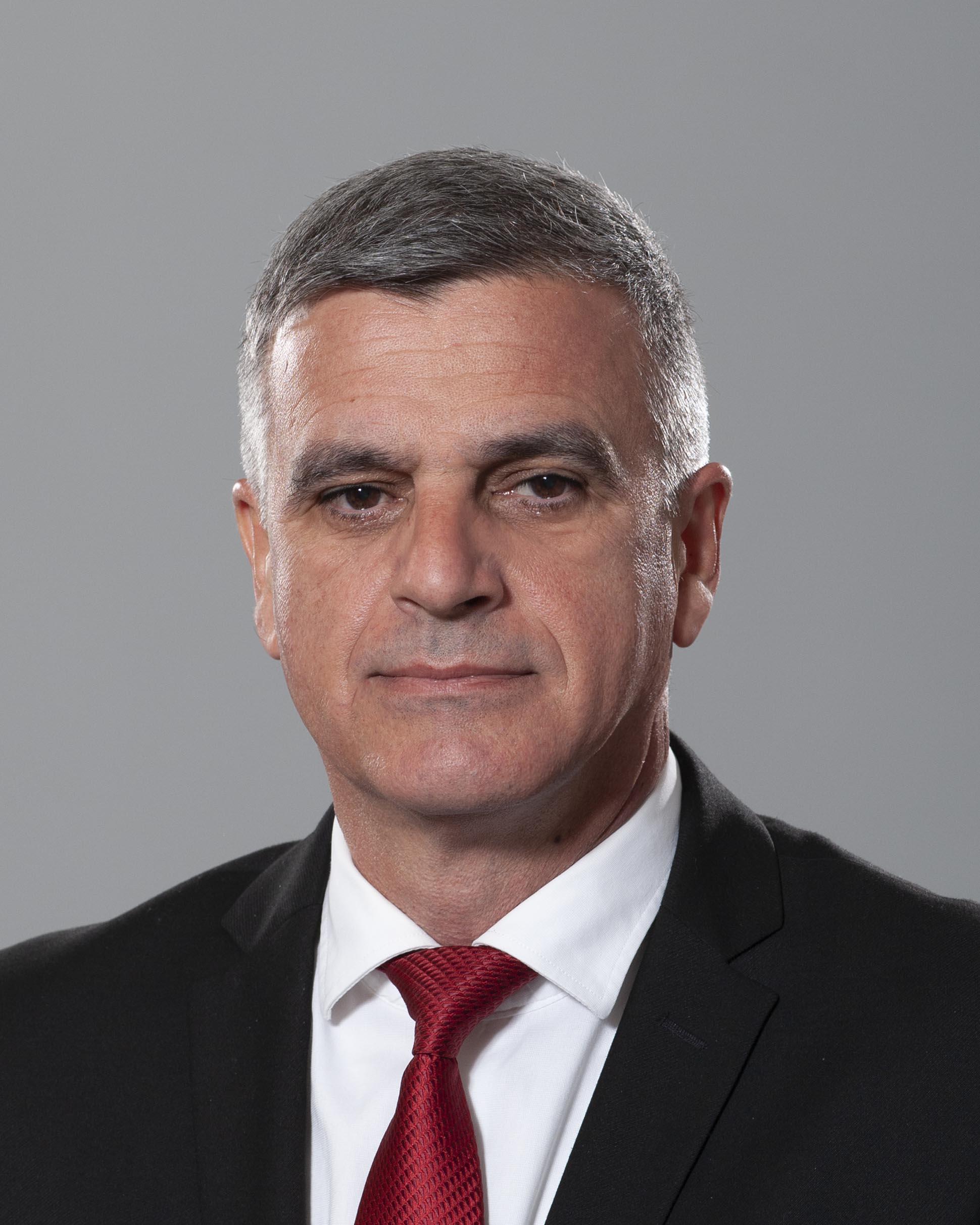 <p>Стефан Динчев Янев - служебен министър-председател на Република България</p>