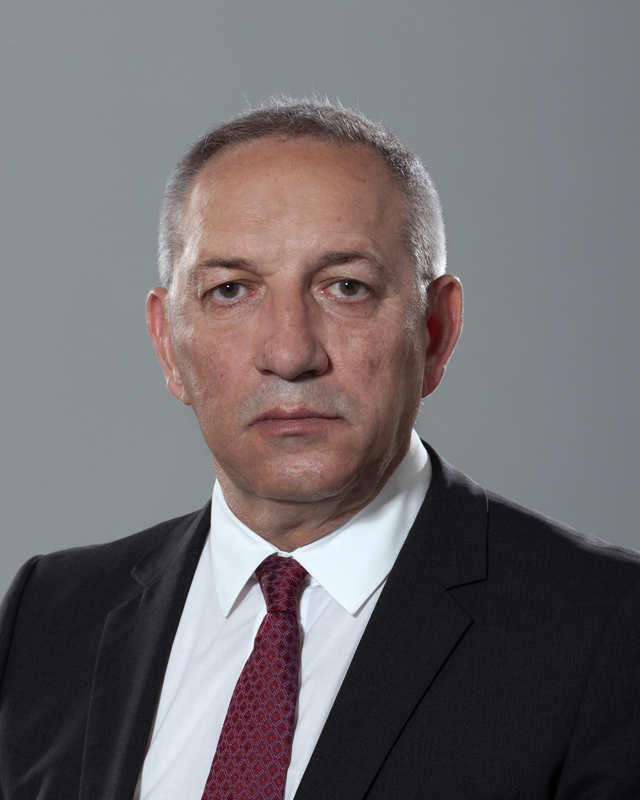 <p>Андрей Георгиев Кузманов - служебен министър на младежта и спорта</p>