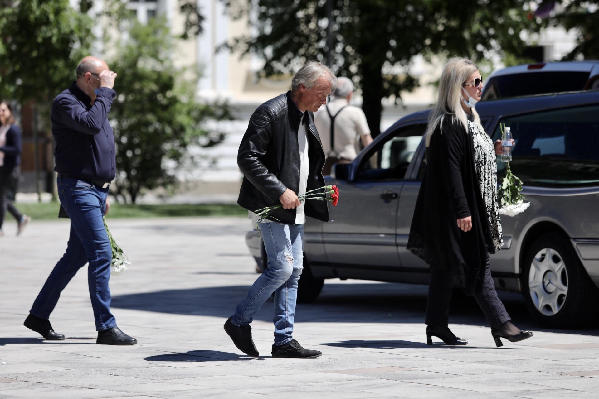 <p>Прощаваме се с Ваня Костова</p>