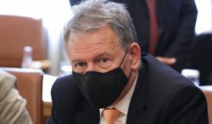 Служебният здравен министър Стойчо Кацаров