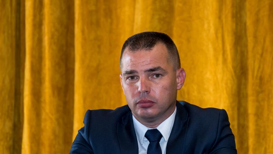 Антон Златанов