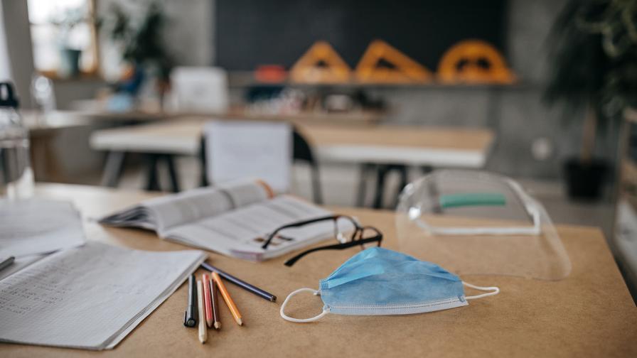Всички ученици се връщат в клас, ето откога