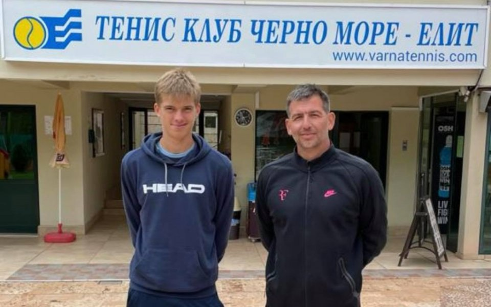Пьотр Нестеров на 1/2-финал в младежкия Ролан Гарос