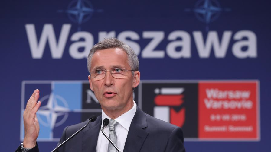 Столтенберг: НАТО е готова да защити всеки съюзник от Беларус и Русия