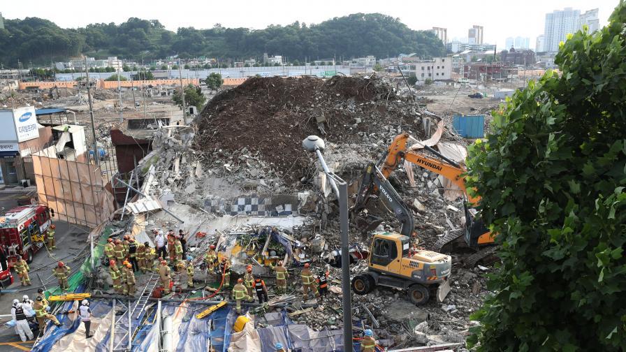 Рухна сграда в Южна Корея, жертви