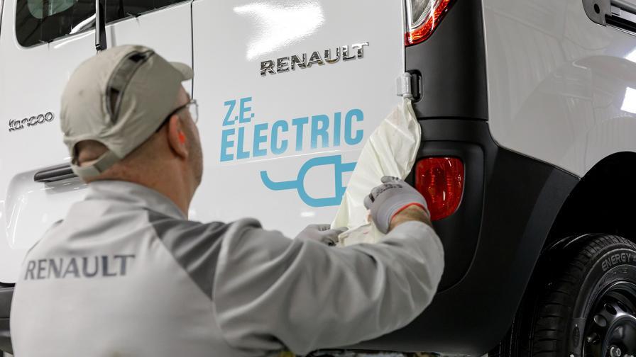 <p>По 400&nbsp;000 коли от Renault ElectriCity</p>