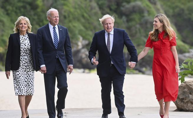 Подаръкът на Борис Джонсън за Байдън, какво е посланието