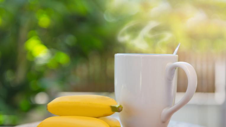 Ползите на банановия чай