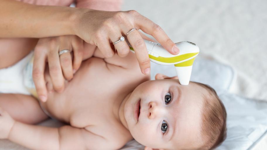 Бебе с висока температура - какво трябва да знаем и кога да потърсим лекар