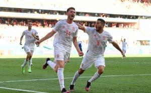 Испания се развилня, прегази Словакия и се класира за 1/8-финалите