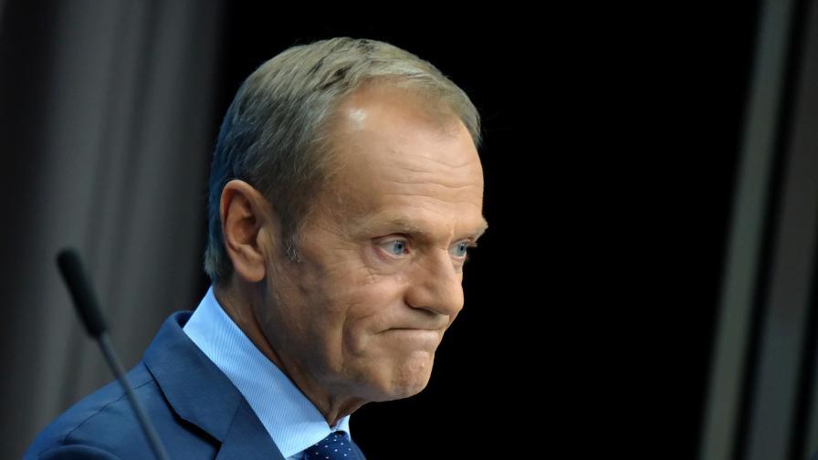 Защо Туск се отказва от поста председател на ЕНП